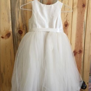 David's Bridal Ivory Flower Girl Dress, Sz. 7, EUC